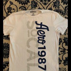 Aeropostale T-shirt, Large